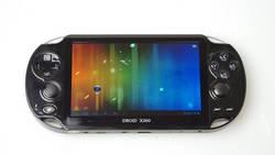 Działa na androidzie, wygląda jak PS Vita i nazywa się X360