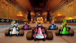 Crash Team Racing Nitro Fueled dostanie dodatki przez przynajmniej pół roku