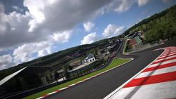 Gran Turismo Sport dostanie trasę w Spa, nowe auta i deszcz